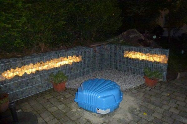 gabione-steinkorb-arnsberg-mit-lichteffekt