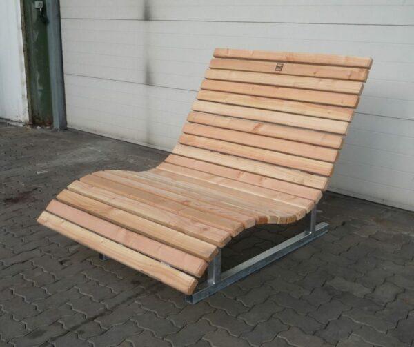 waldsofa-zum-aufstellen-ruhebank-rothaarsteig-waldmoebel-original (4)