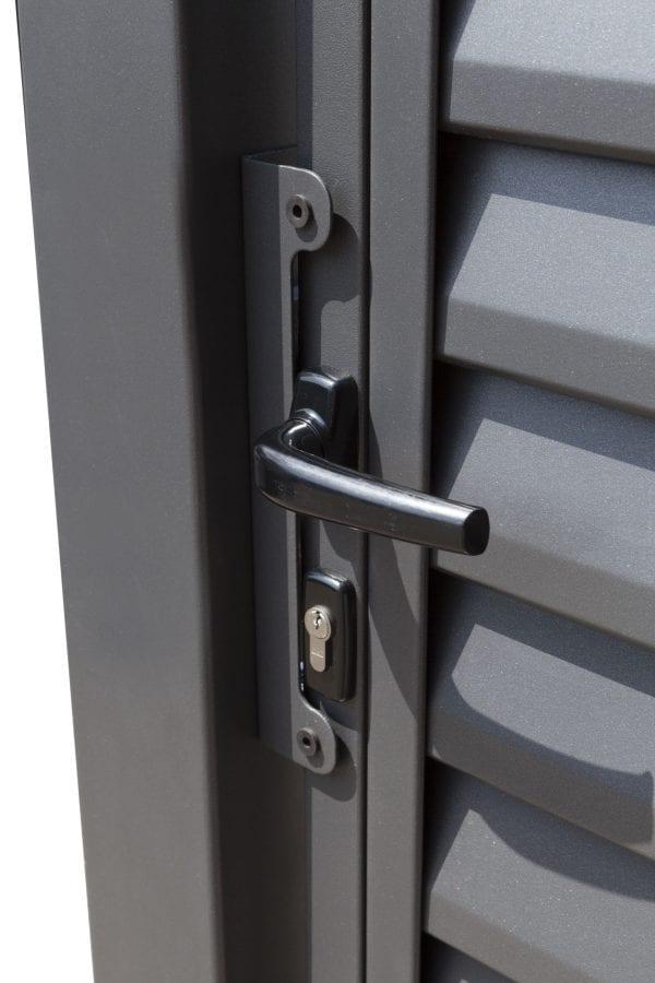 RS4121_miami-detail_01-designtor-metalltor-schmale-lamellen