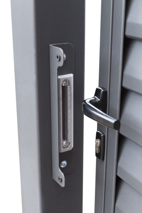 RS4127_miami-detail_07-designtor-metalltor-schmale-lamellen